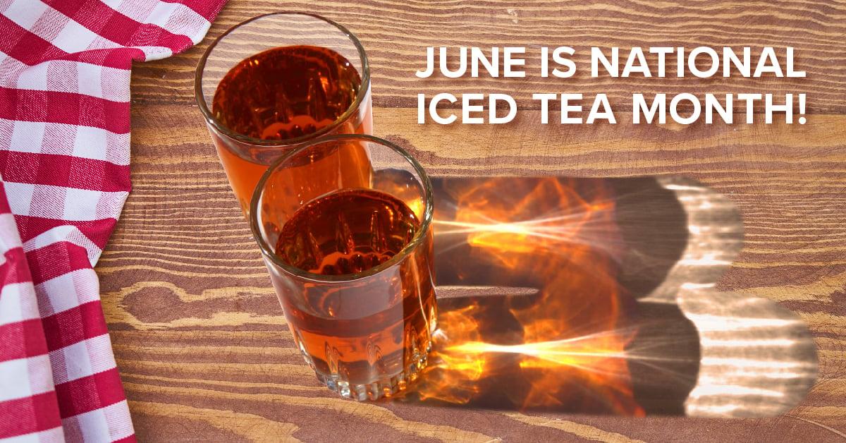 iced tea glasses on wood table-01